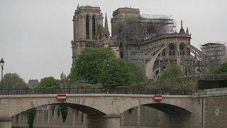 آتشسوزی کلیسای نوتردام پاریس مهار شد؛ تردید مقامات دربارۀ مقاومت بنا