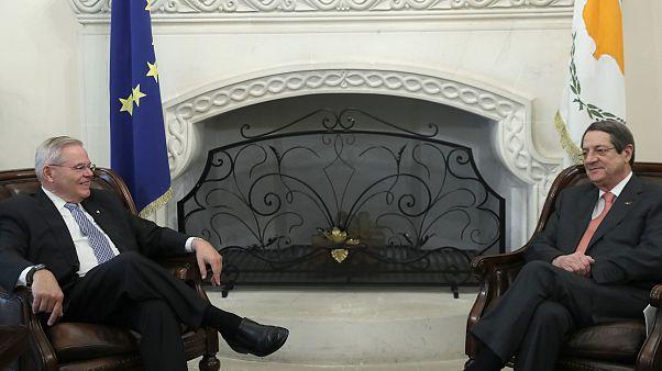 Κύπρος: Αισιοδοξία Κυβέρνησης για άρση του εμπάργκο των ΗΠΑ για τα οπλικά συστήματα
