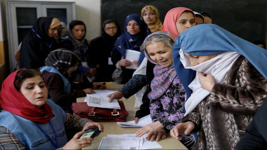 Taliban barış görüşmelerine ilk kez kadın delege gönderecek