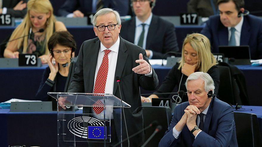 Еврокомиссия поможет реставрировать Нотр-Дам