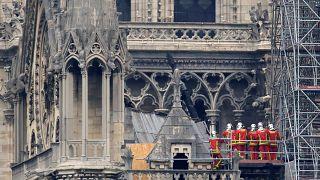 Пожар в Нотр-Даме: до обрушения оставались считанные минуты