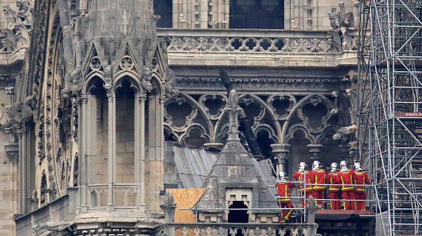شاهد: كيف بدت كنيسة نوتردام الباريسية غداة الحريق الهائل الذي التهمها؟