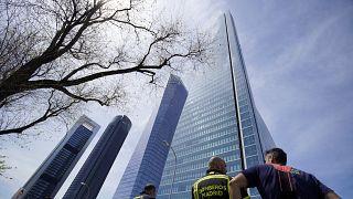Μαδρίτη: Φάρσα η απειλή που οδήγησε στην εκκένωση του ουρανοξύστη