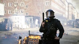 پرتاب قرآن توسط چهره سیاسی راست افراطی به آشوب در کپنهاگ انجامید