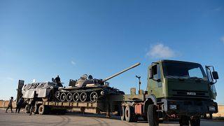 تعزيزات عسكرية لقوات حفتر في محيط العاصمة طرابلس