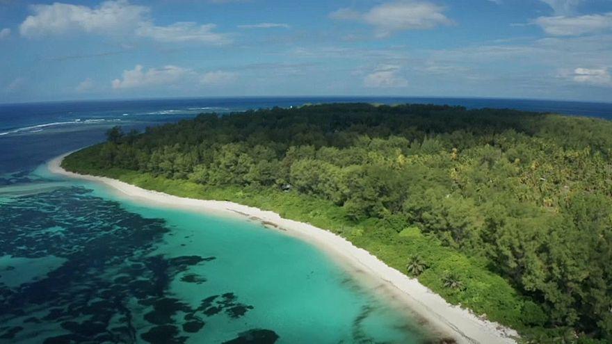 باحثو جزيرة سيشل يرسلون غواصات غير مأهولة إلى عمق غير مسبوق بمياه الهندي