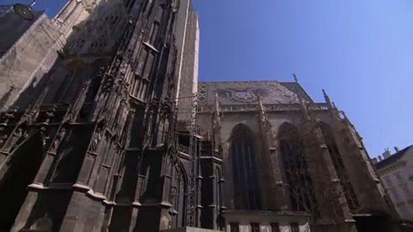 A Stephansdom nem juthat a Notre-Dame sorsára