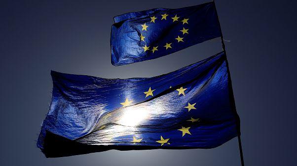 """""""Breves de Bruxelas"""": Esquerda, consumidor, Frontex, terrorismo"""