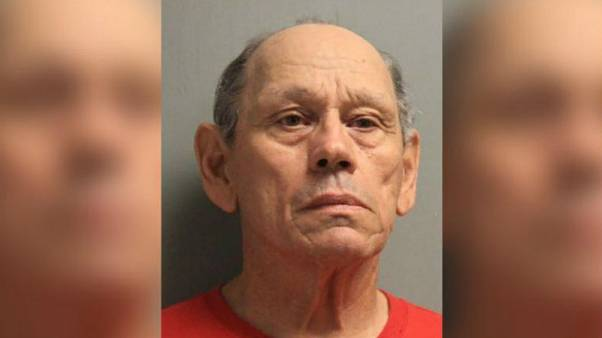 ABD'de 71 yaşındaki şüpheli çocuklar dahil 100 tecavüzle suçlanıyor