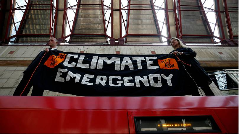 London climate change activists continue protest after more than 700 arrested