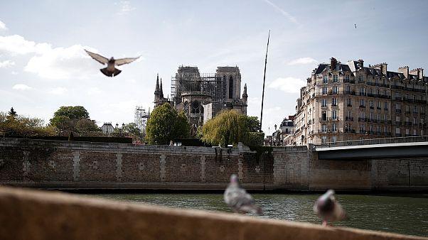 Notre-Dame: akár új tervek szerint is készülhet a leomlott torony