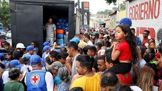 Megérkezett az első nemzetközi segélyszállítmány Venezuelába