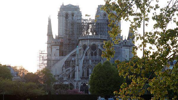 Les pompiers de Paris, héros de Notre-Dame