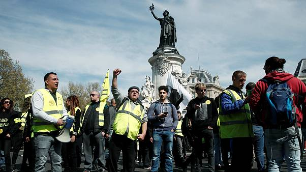 بازسازی نوتردام؛ اعتراض هواداران جلیقه زردها به کمکهای مالی «بحث برانگیز»