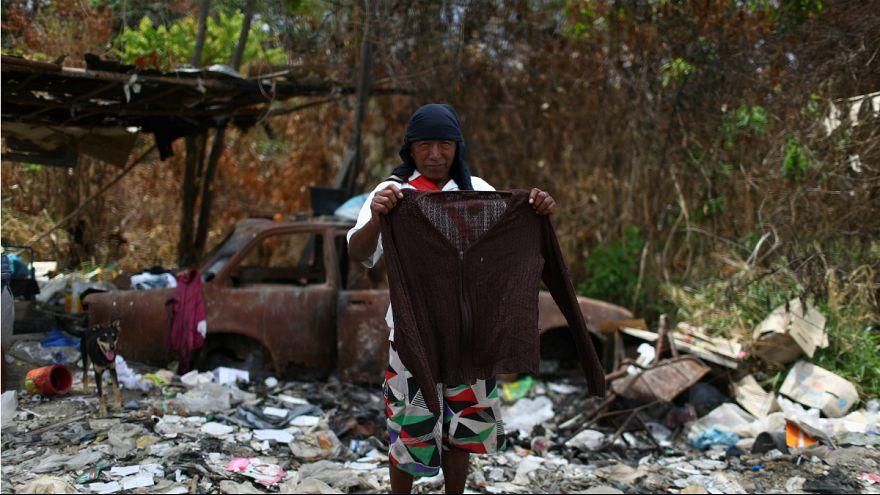 زبالهگردی مهاجران ونزوئلایی در شهر مرزی «پاکارایما»