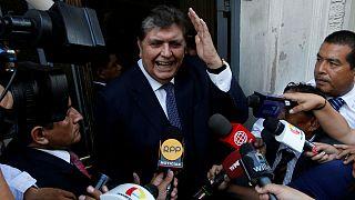 رئيس جمهوری سابق پرو با شلیک گلوله به گردن خودکشی کرد