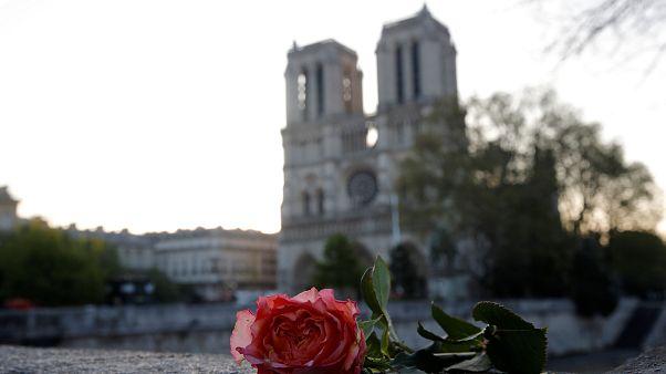 İnteraktif fotoğraf: Notre Dame'ın yangından önce ve sonraki hali
