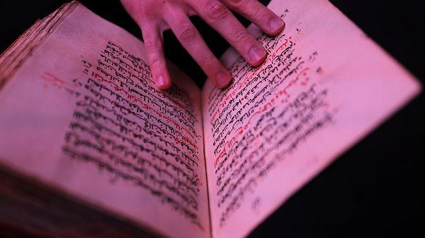 Αγία Αικατερίνη Σινά: Ψηφιοποιούνται παλιά χριστιανικά χειρόγραφα