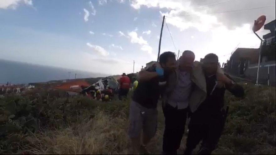 Video: Portekiz'in Madeira adasında Alman turistleri taşıyan otobüs devrildi: En az 28 ölü