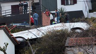 Madeira: 29 Urlauber bei Busunfall getötet