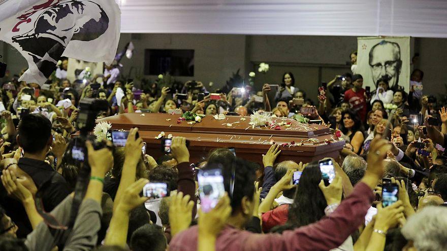 Consternación en Perú tras el suicidio de Alan García