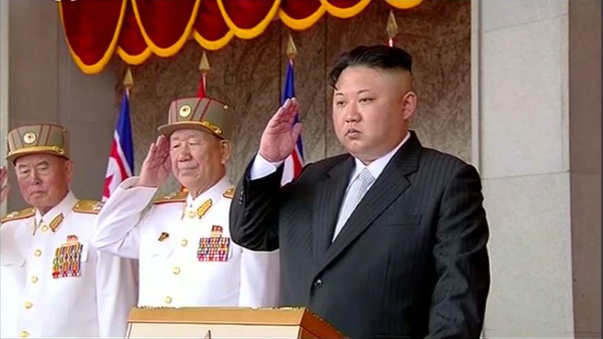"""Corea del Norte prueba una nueva """"arma táctica"""""""