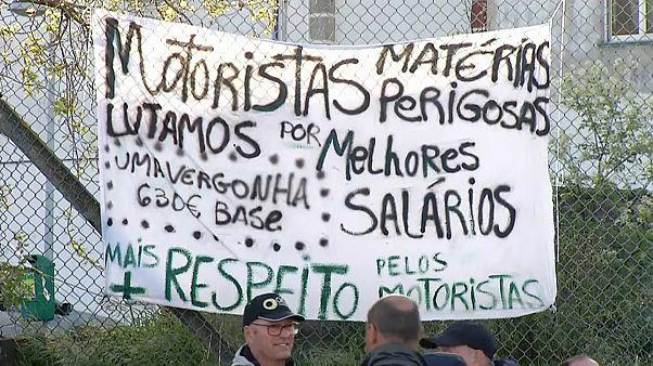 Топливный кризис в Португалии: водители прекратили бастовать