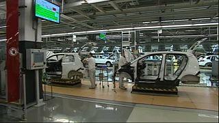 Tömeges leépítést jelentett be a pozsonyi Volkswagen-gyár vezetése