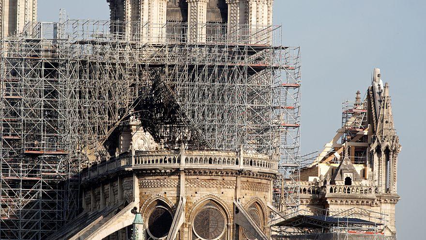 Notre Dame Katedrali'nin onarımı için açılan bağış kampanyasında dolandırıcılar iş başında