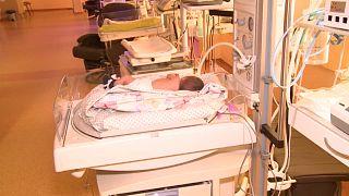 Nace una bebé completamente ebria en Lituania