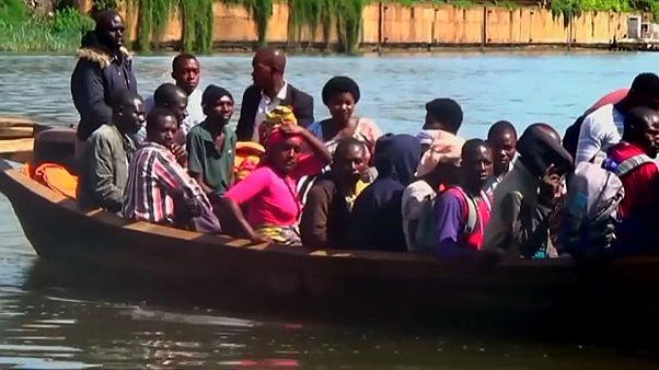 13 قتيلا و142 مفقودا إثر غرق سفينة في بحيرة بجمهورية الكونغو