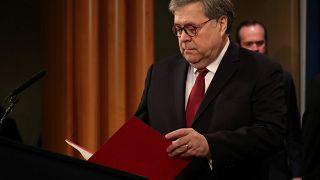 US-Justizminister William Barr bereitet sich auf die Pressekonferenz vor.
