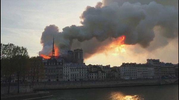 Notre-Dame: rövidzárlatot gyanít a rendőrség
