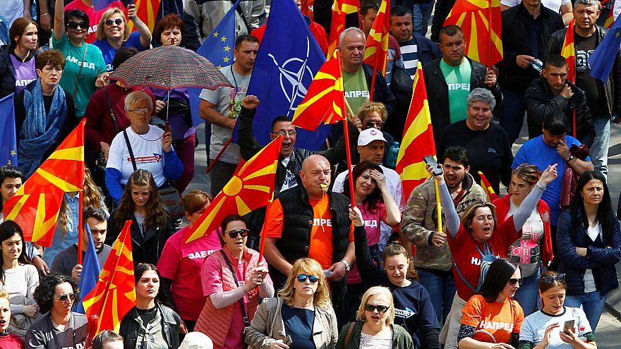 Kuzey Makedonya isim tartışması gölgesinde cumhurbaşkanını seçiyor