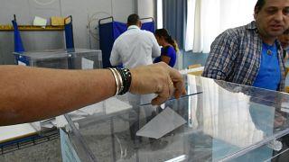 Εκλογές 2019: «Πάγωμα» προσλήψεων και απαγόρευση κανονικών αδειών στο Δημόσιο