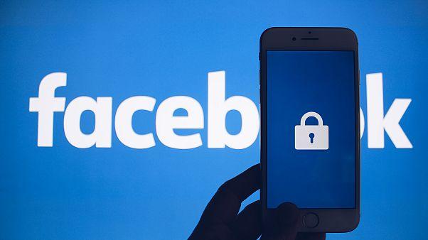 Facebook 1.5 milyon kişinin e-posta irtibatını yanlışlıkla kaydetti