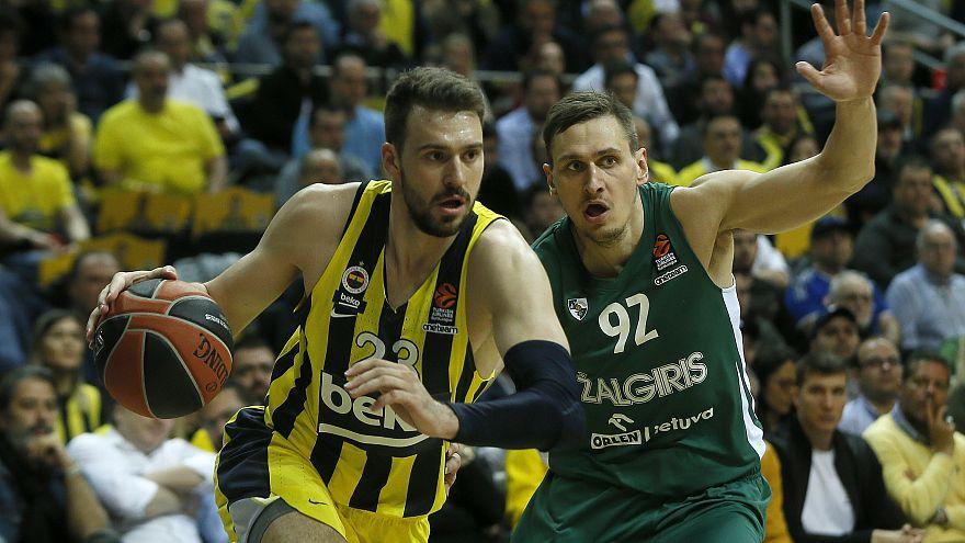 Euroleage: Fenerbahçe, Zalgiris'e 82-80 kaybetti; 18 maçlık seri bitti