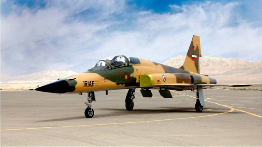 نمایش جنگنده، ناوشکن و زیردریایی ساخت ایران در روز ارتش