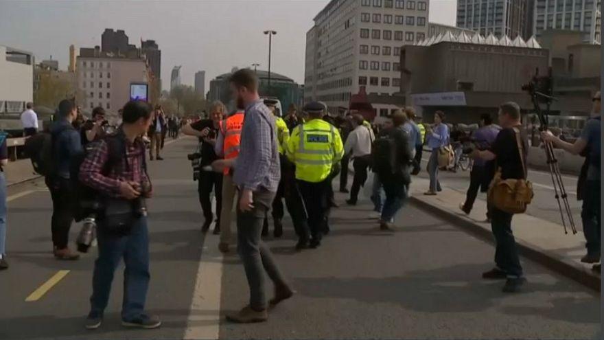 'Extinction Rebellion' toma el aeropuerto de Heathrow