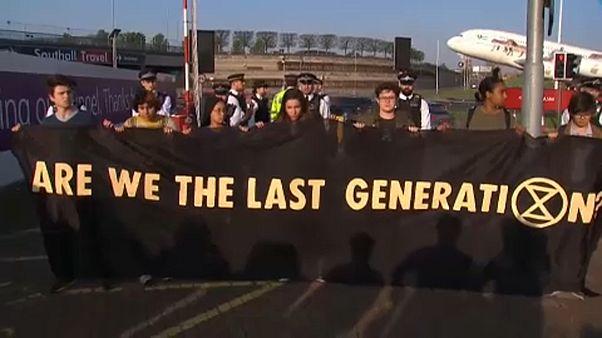 Az utolsó generáció tüntetése a Heathrow-n