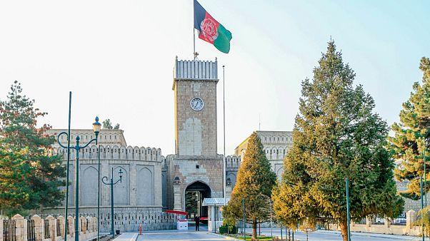 نشست دولت افغانستان با طالبان به دلیل اختلاف بر سر شرکتکنندگان لغو شد