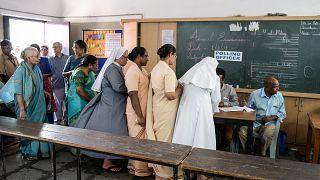 Hindistan: Yanlışlıkla iktidar partisine oy veren seçmen işaret parmağını kesti