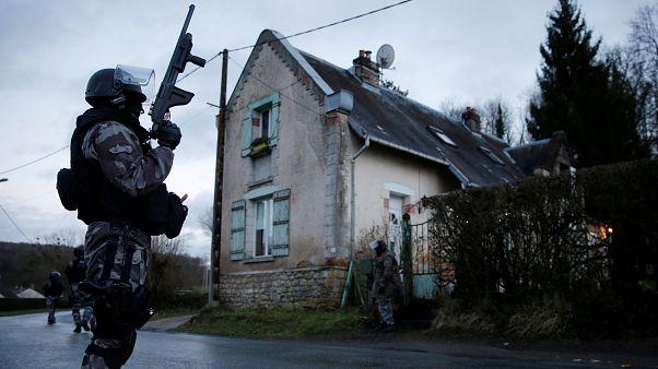 Francia, suicidi tra le forze di polizia: nel 2019 già il doppio rispetto al 2018
