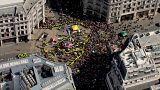 Cientos de detenidos en las protestas contra el cambio climático en Londres