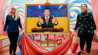 Aktör ve komedyen Zelenskiy Ukrayna'nın yeni devlet başkanı olabilir mi?