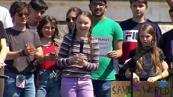 Greta Thunberg lidera protesto em Roma
