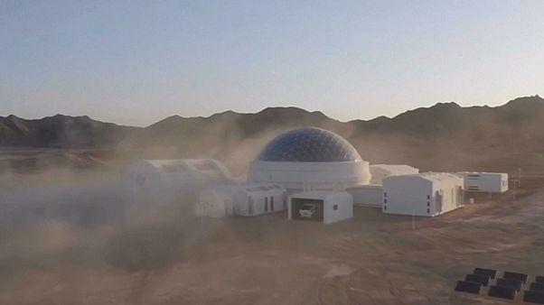 Çin'de 'Mars kolonisi' kuruldu, ziyaretler başladı