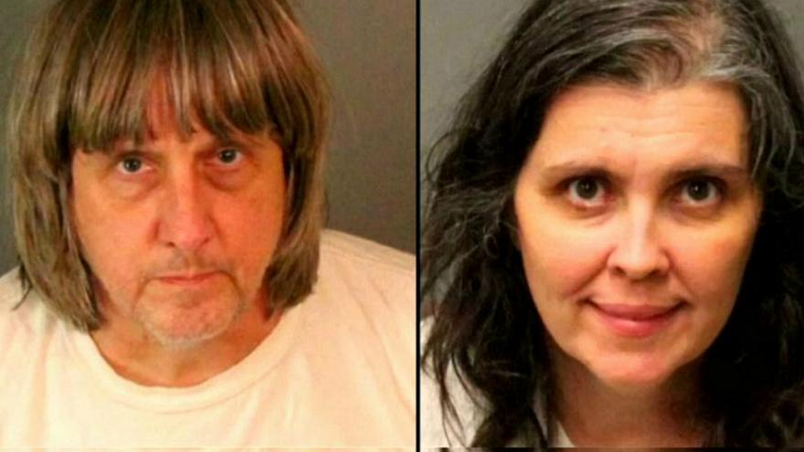 الحكم على أمريكي وزوجته بالسجن مدى الحياة لتعذيبهما أبنائهما