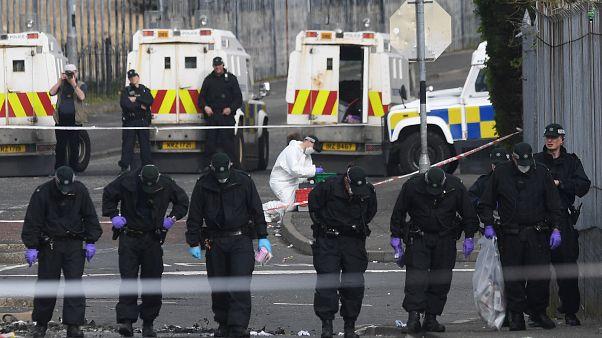 Polícia detém dois suspeitos relacionados com ataque de Londonderry