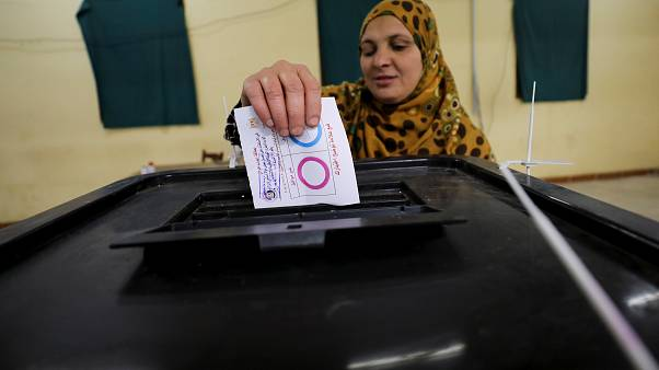 Referendo no Egito pode dar terceiro mandato a al-Sisi
